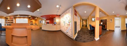 Lobby | Towneplace Suites By Marriott St Charles