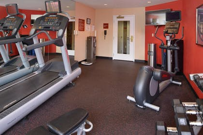 Sports Facility | Towneplace Suites By Marriott St Charles