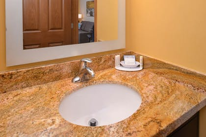 Bathroom | Towneplace Suites By Marriott St Charles