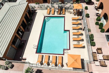 Exterior | Courtyard by Marriott Scottsdale Old Town