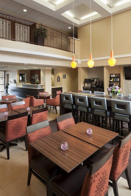 Restaurant | Residence Inn by Marriott San Diego Downtown
