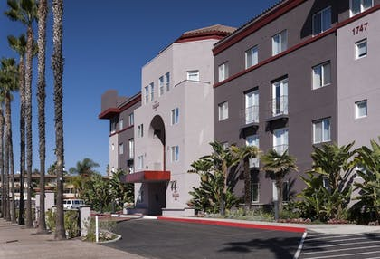 Hotel Entrance | Residence Inn by Marriott San Diego Downtown