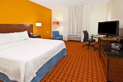 Guestroom | Fairfield Inn by Marriott Jackson Airport-Pearl