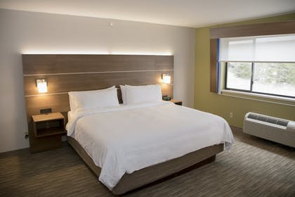 Room | Holiday Inn Express & Suites Colorado Springs North