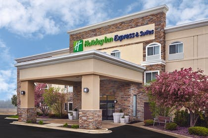 Featured Image | Holiday Inn Express Hotel & Suites Chicago - Libertyville
