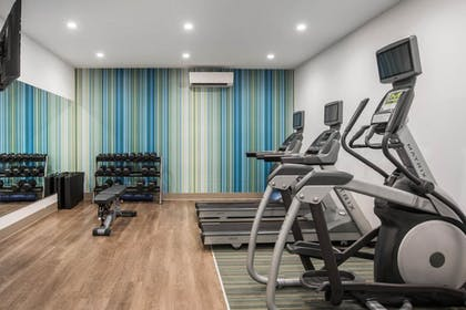 Fitness Facility | Holiday Inn Express Hotel & Suites Chicago - Libertyville