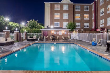 Pool | Holiday Inn & Suites Dallas-Addison