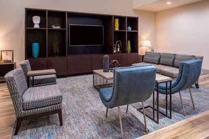 Interior | Holiday Inn & Suites Dallas-Addison
