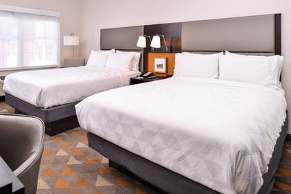 Room | Holiday Inn & Suites Dallas-Addison