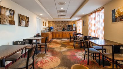 Breakfast Area | Best Western Of Clewiston