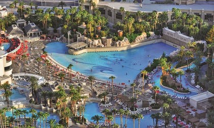 Featured Image | Mandalay Bay Resort and Casino