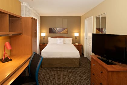 Guestroom | Towneplace Suites By Marriott Seattle Southcenter