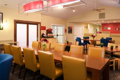Coffee Service | Towneplace Suites By Marriott Seattle Southcenter