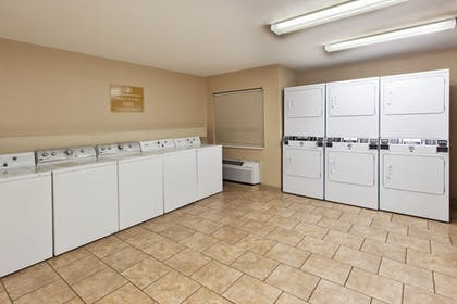 Hotel Interior | Candlewood Suites Dallas-By The Galleria