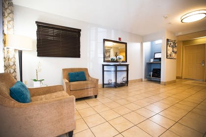 Lobby | Candlewood Suites Austin-South