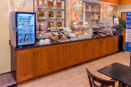 Breakfast Area | Best Western Plus Rockwall Inn & Suites