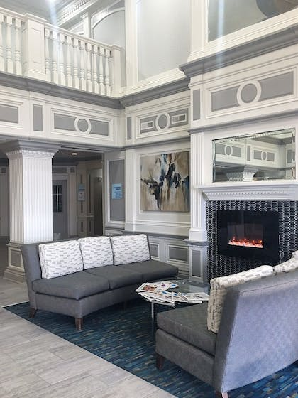 Fireplace | Holiday Inn Express Hotel & Suites Indianapolis North Carmel