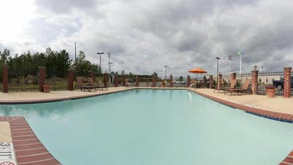 Outdoor Pool | Holiday Inn Express Hotel & Suites Natchitoches