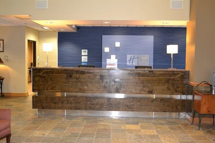 Lobby | Holiday Inn Express Hotel & Suites Bozeman West
