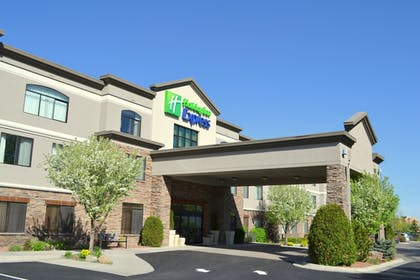Featured Image | Holiday Inn Express Hotel & Suites Bozeman West