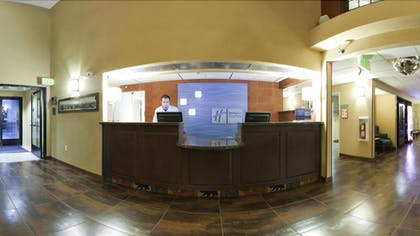 Reception | Holiday Inn Express Hotel & Suites Raton