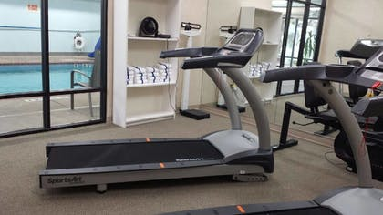 Fitness Facility | Evergreen Inn and Suites