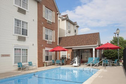 Sports Facility | TownePlace Suites by Marriott Indianapolis Park 100