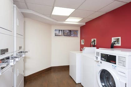 Laundry Room | TownePlace Suites by Marriott Indianapolis Park 100