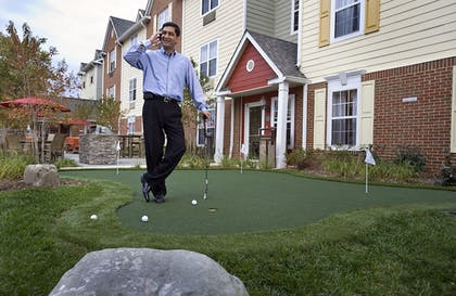 Mini-Golf | TownePlace Suites Gaithersburg by Marriott