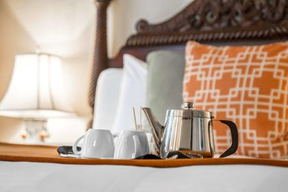 Room | St. James Hotel, an Ascend Hotel Collection Member
