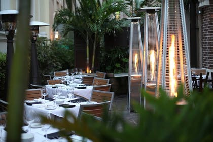 Dining   St. James Hotel, an Ascend Hotel Collection Member