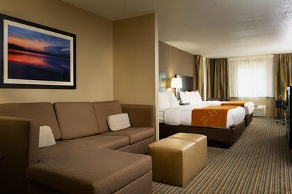 Room | Holiday Inn Express And Suites Hayward