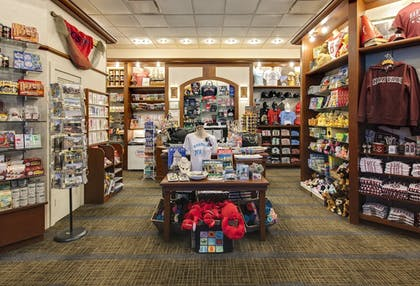 Gift Shop | Hilton Boston Logan Airport