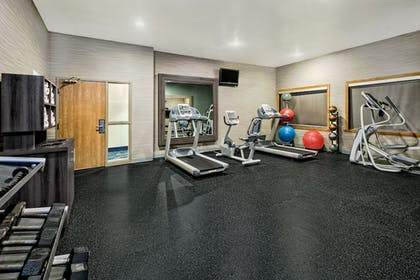Fitness Facility | Holiday Inn Express Hotel & Suites Fort Worth Southwest I-20