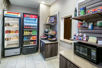 Snack Bar | Holiday Inn Express Hotel & Suites Fort Worth Southwest I-20
