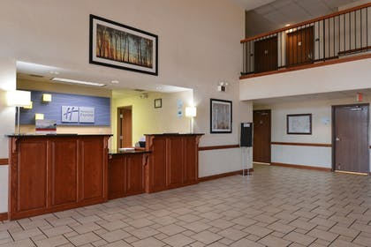 Interior | Holiday Inn Express Hotel & Suites Harrison