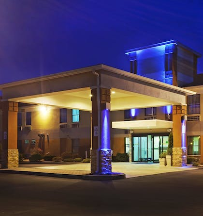 Exterior | Holiday Inn Express Providence-North Attleboro