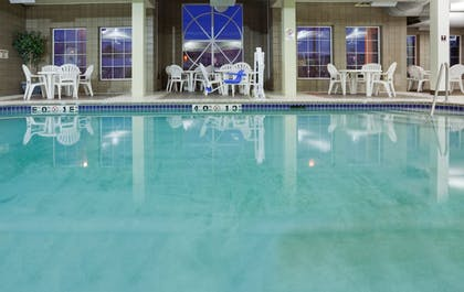 Pool | Holiday Inn Express Hotel & Suites St. Cloud