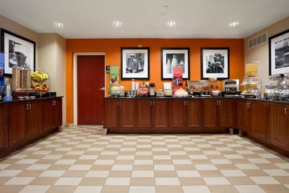 Lobby | Hampton Inn Lexington Park