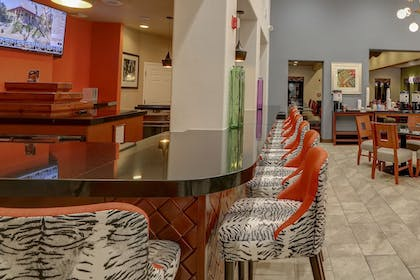 Hotel Bar | Hampton Inn Tropicana