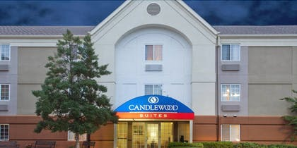 Hotel Front | Candlewood Suites Cleveland-North Olmsted