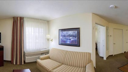 Living Room | Candlewood Suites Oklahoma City