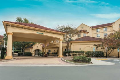 Featured Image   La Quinta Inn & Suites by Wyndham Raleigh/Durham Southpoint