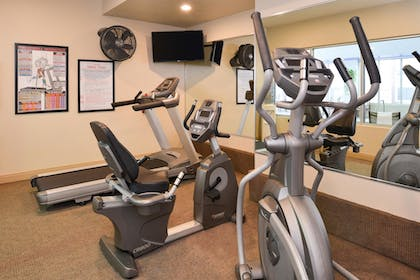 Fitness Facility | Best Western Executive Inn & Suites