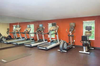 Sports Facility | Towneplace Suites By Marriott Boston Tewksbury