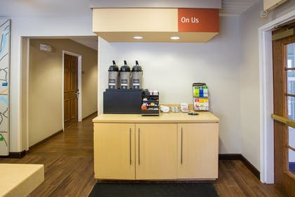 Cafe | Towneplace Suites By Marriott Boston Tewksbury