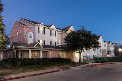 Exterior | TownePlace Suites by Marriott College Station