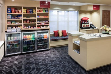 Lobby | TownePlace Suites by Marriott College Station
