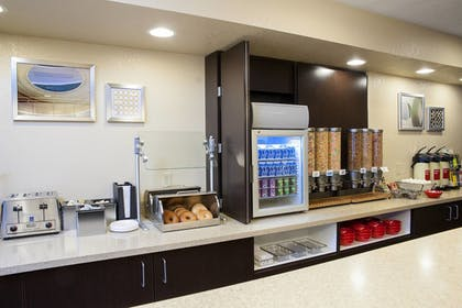 Restaurant | TownePlace Suites Indianapolis Keystone