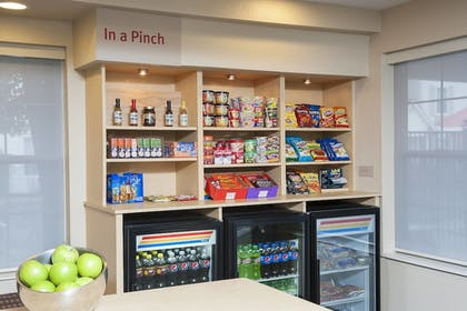 Snack Bar | TownePlace Suites Indianapolis Keystone